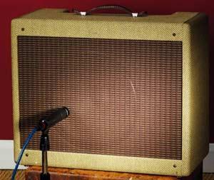 Shure SM57 recording guitar amp