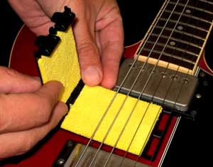Guitar string cleaner