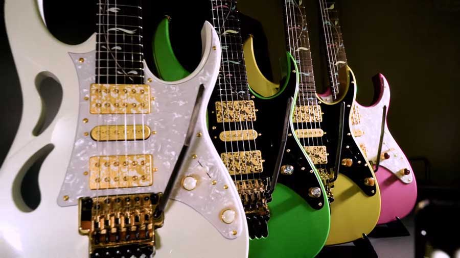 Ibanez PIA color range