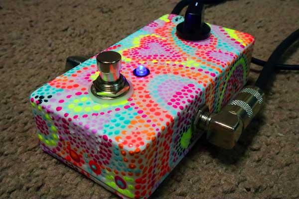 7 minute fuzz pedal LED